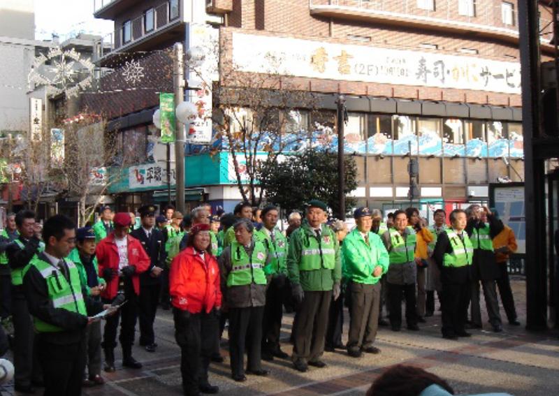 関外地区歓楽街再生委員会街頭キャンペーン